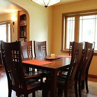 Amish crafted dining room